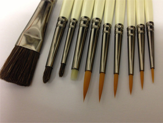 Set of Three Dry Painting Brushes suitable for Model Painting